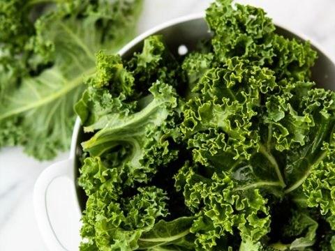 Augengesundheitsnahrung Hier sind 13 der besten Lebensmittel für die Augengesundheit.Die meisten sind das ganze Jahr über erhältlich